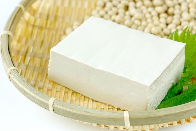 豆腐を使ったダイエットが女性におすすめ!美肌&バストアップに期待できます!