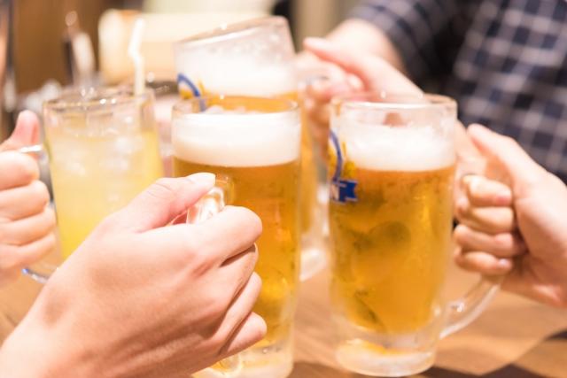 ベルタ酵素はダイエット中にアルコールを飲んでも良い!?お酒で二日酔いになりがちな人は酵素の摂取がいいです!